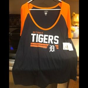 Women's New Detroit Tigers Shirt Size XL